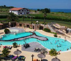 Camping Eskualduna : Vue aériene piscine